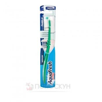 Зубна щітка Family Aquafresh