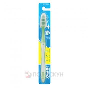 Зубна щітка Clean Fresh Strong Oral-B